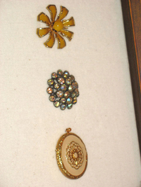 Brooches2_4